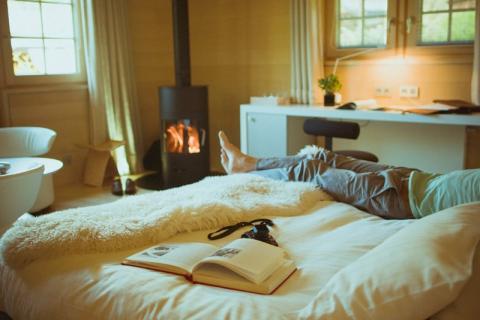 une chambre de r ve pour la saint valentin hameau albert 1er. Black Bedroom Furniture Sets. Home Design Ideas